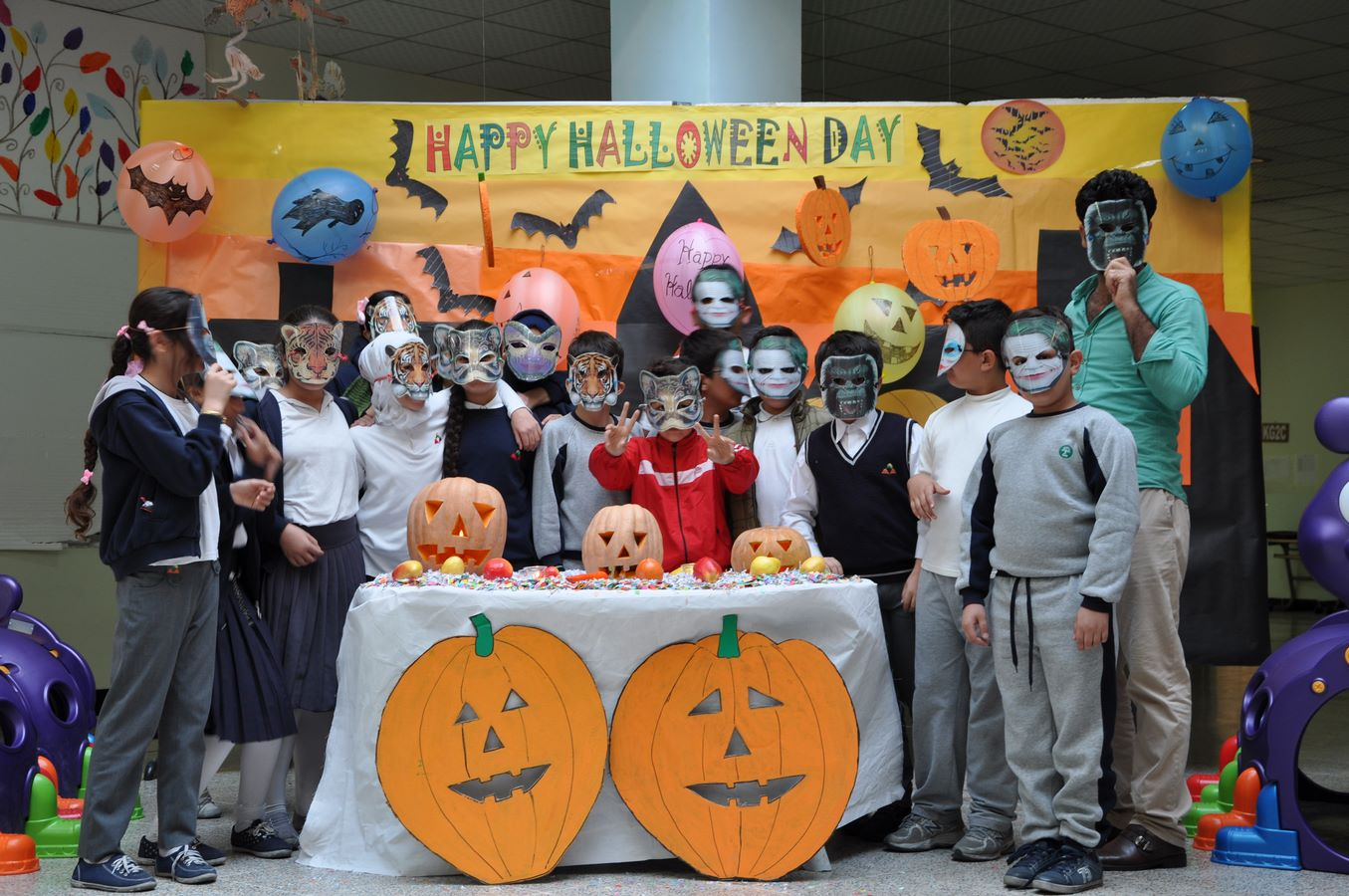 Students Celebrate Halloween Day