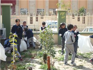Kalar Students Participate in Cleaning Day